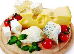 содержание белка в сыре и твороге